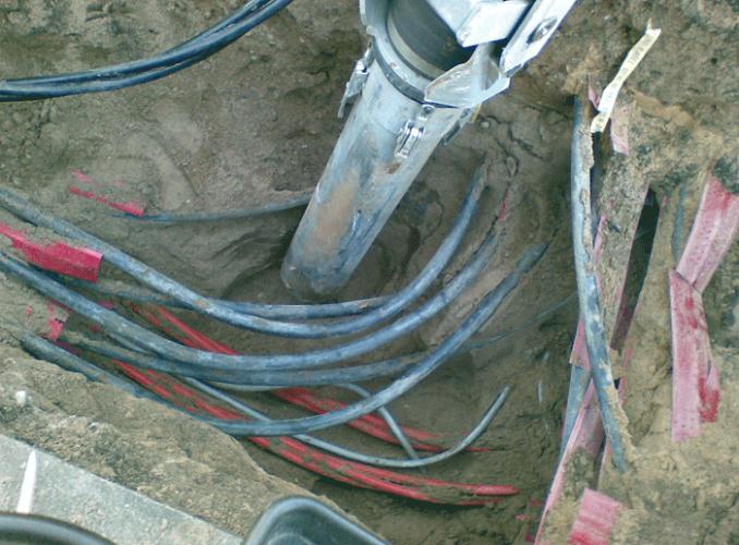 Tiefbau bei Kabeln und Leitungen